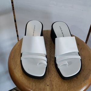 Croft & barrow ladies white thong sandals